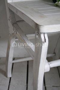 set-van-4-ambachtelijke-stoelen-van-jeanne-d-arc-living