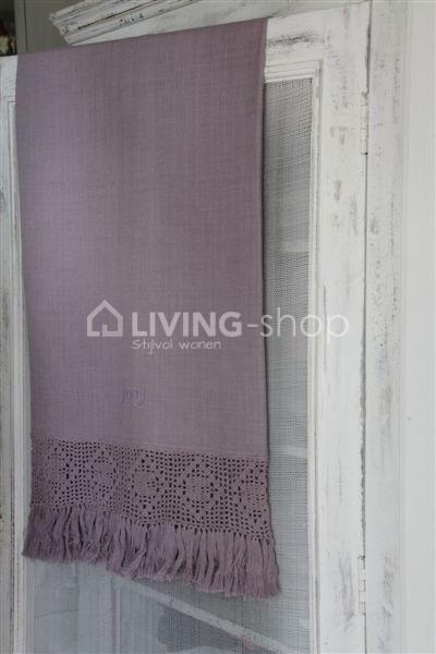 paarse-badhanddoeken-van-jeanne-d-arc-living-handdoeken