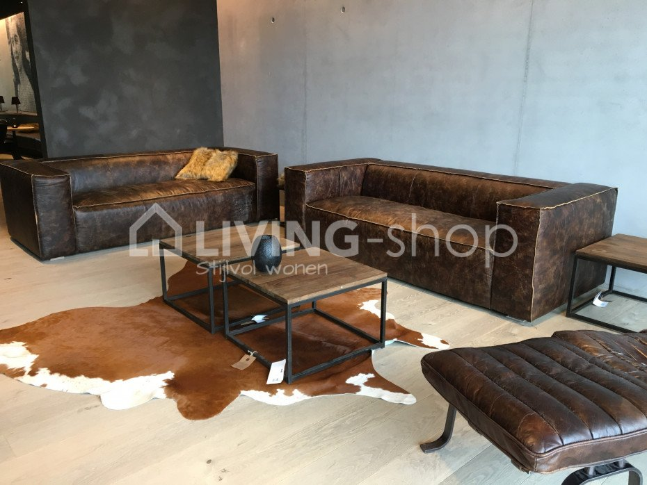 Robust leather sofas and modern sofas j line online to buy living