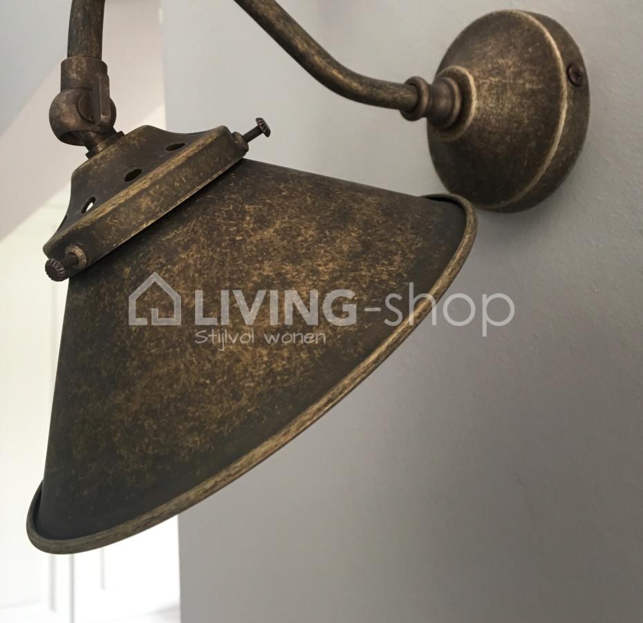 landelijke-stijl-wandlamp-brons-voor-de-badkamer-donkerbrons-badkamerlamp-landelijk