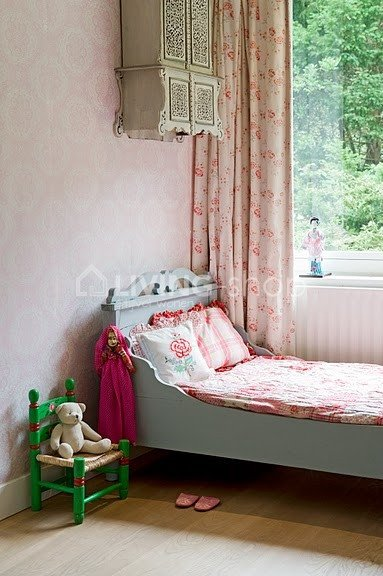 room-seven-dentelle-blauw-behang-online-kinderbehang