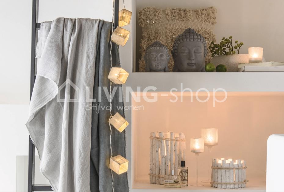 sfeer-tuinverlichting-lampions-lichtslinger-j-line