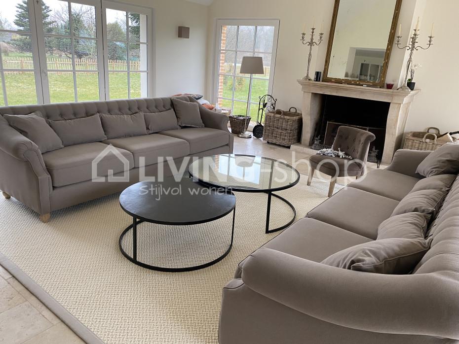 chesterfield-longchair-sofa-met-hoge-rug